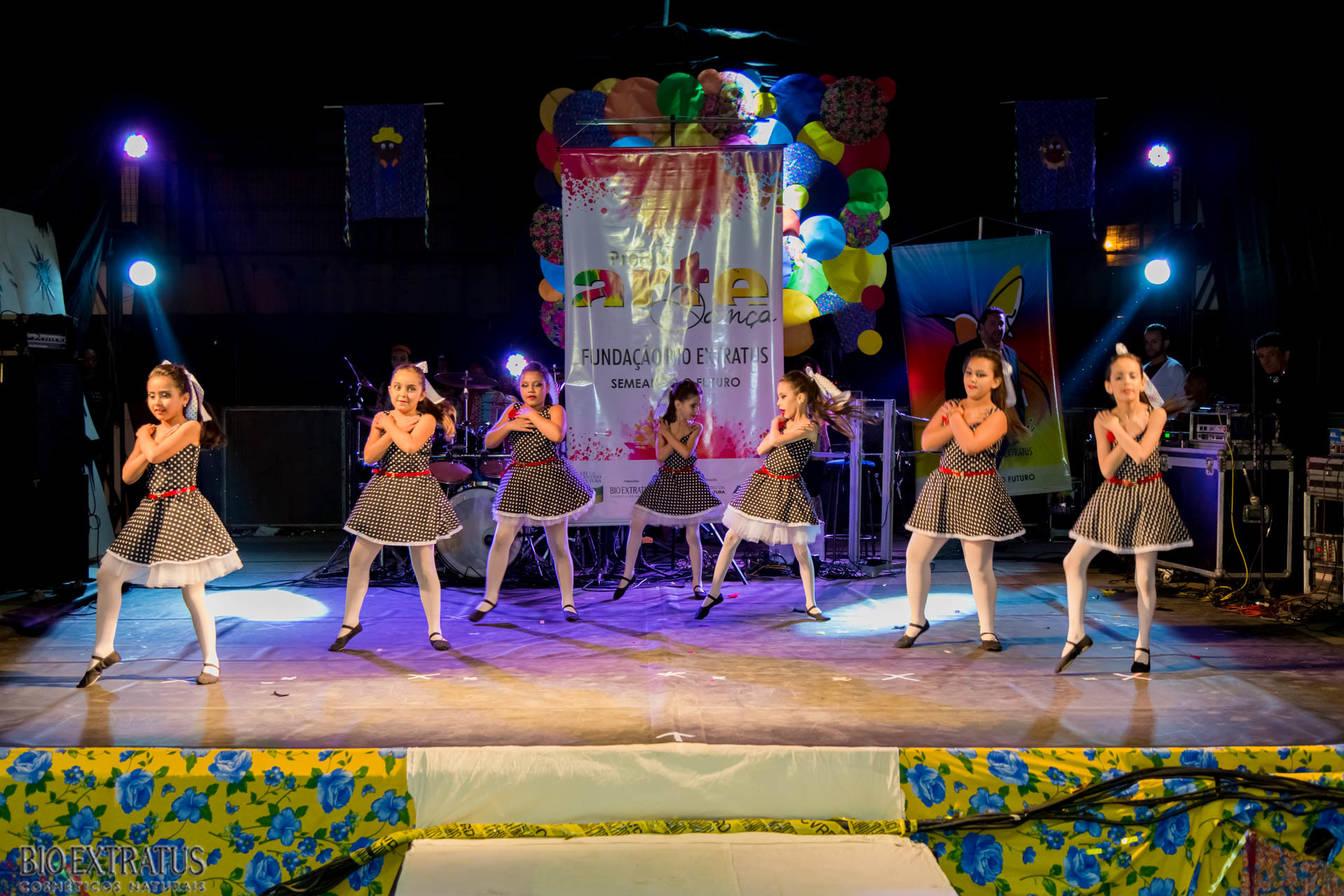 Projeto Arte & Dança da Fundação Bio Extratus brilha no Festival Cultural de Alvinópolis - 11