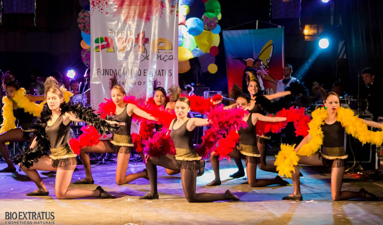 Projeto Arte & Dança da Fundação Bio Extratus brilha no Festival Cultural de Alvinópolis - 12