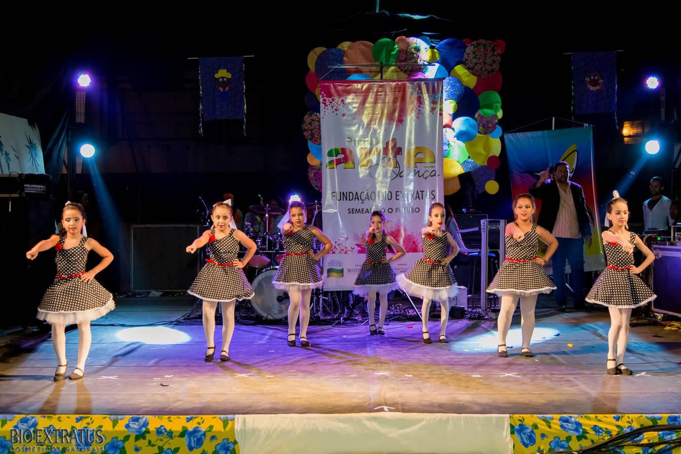 Projeto Arte & Dança da Fundação Bio Extratus brilha no Festival Cultural de Alvinópolis - 17