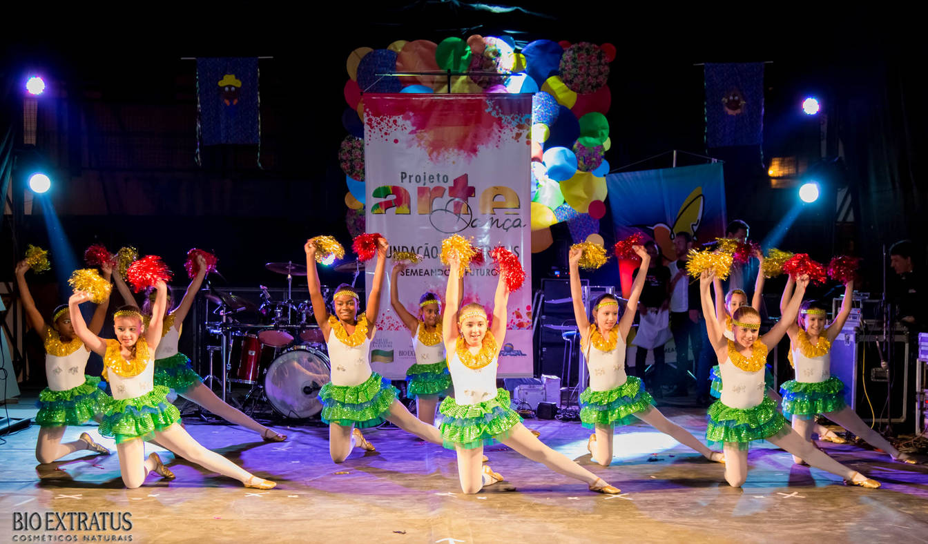Projeto Arte & Dança da Fundação Bio Extratus brilha no Festival Cultural de Alvinópolis - 31