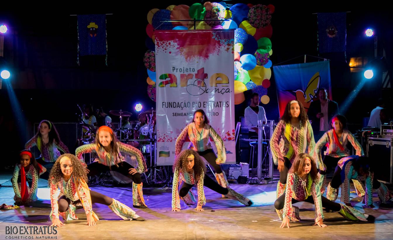 Projeto Arte & Dança da Fundação Bio Extratus brilha no Festival Cultural de Alvinópolis - 5