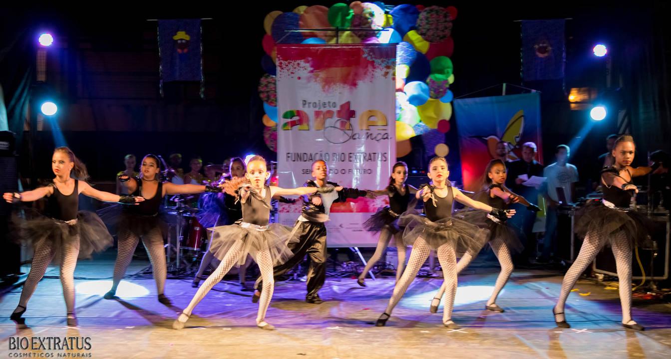 Projeto Arte & Dança da Fundação Bio Extratus brilha no Festival Cultural de Alvinópolis - 51