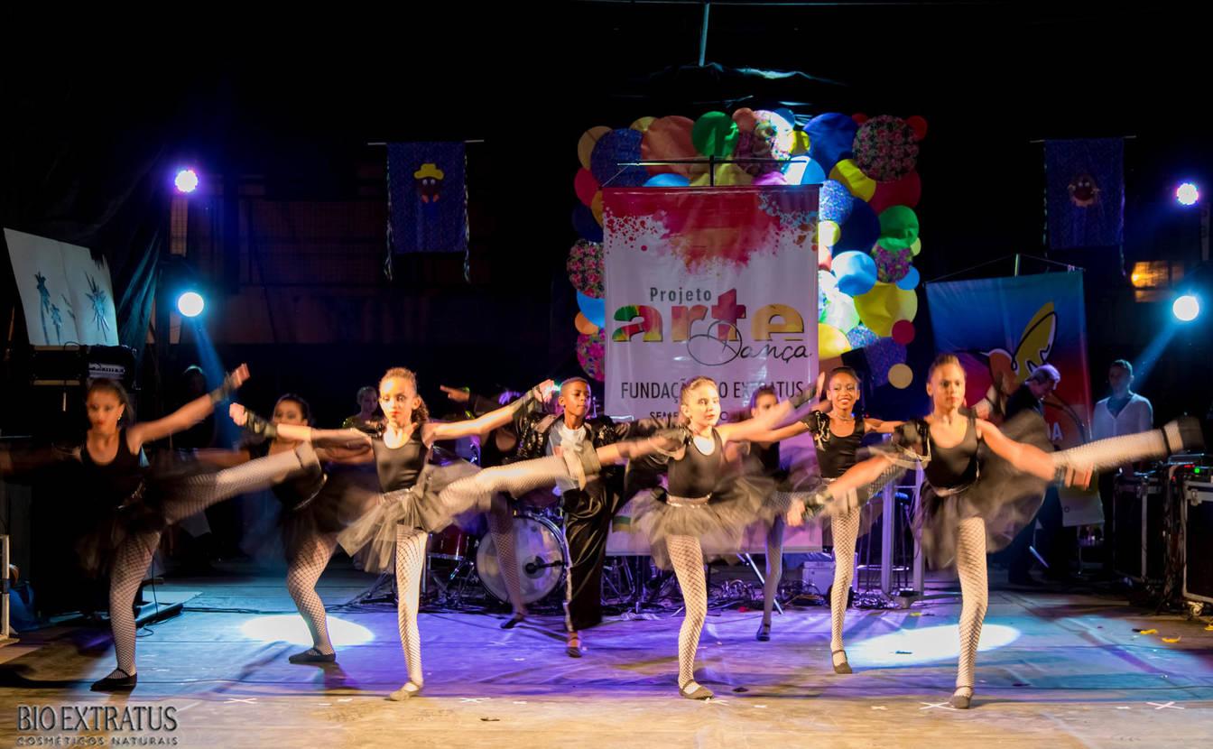Projeto Arte & Dança da Fundação Bio Extratus brilha no Festival Cultural de Alvinópolis - 9