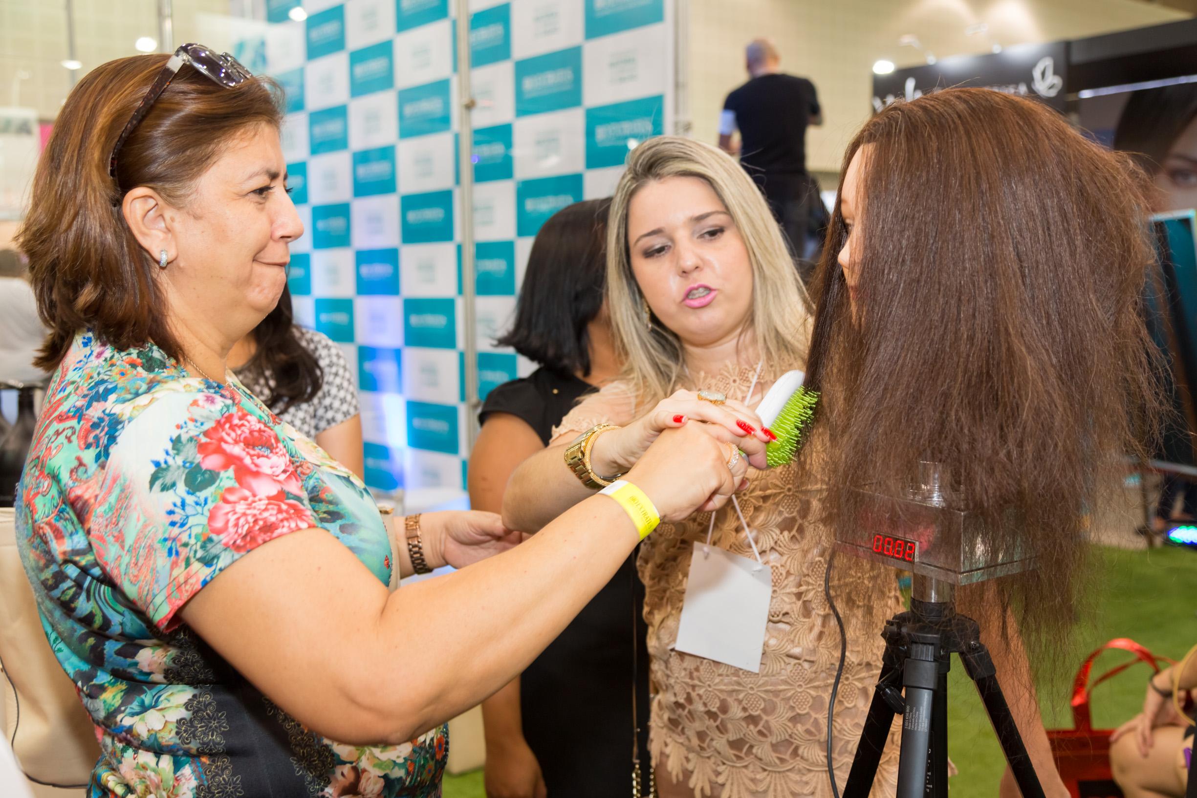 Bio Extratus é sucesso no 26 Encontro Regional da Beleza - 024