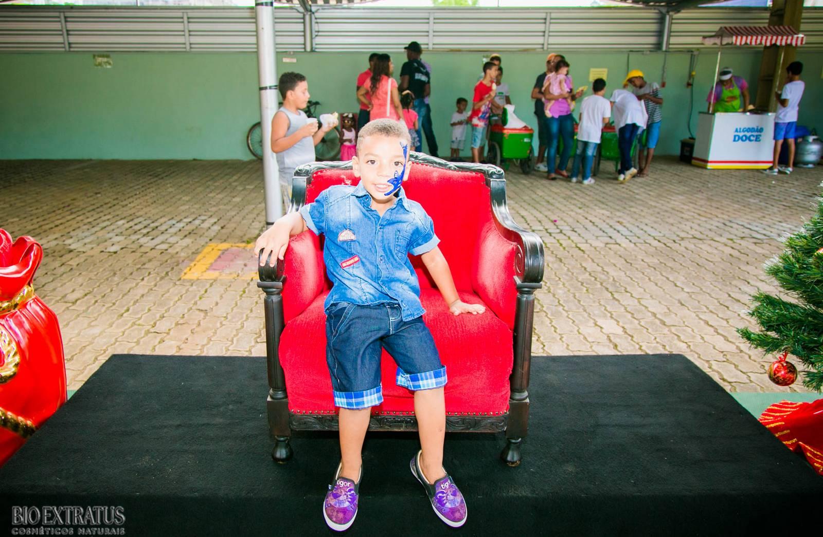 Confraternização de Natal Bio Extratus 2015 para as crianças (155)