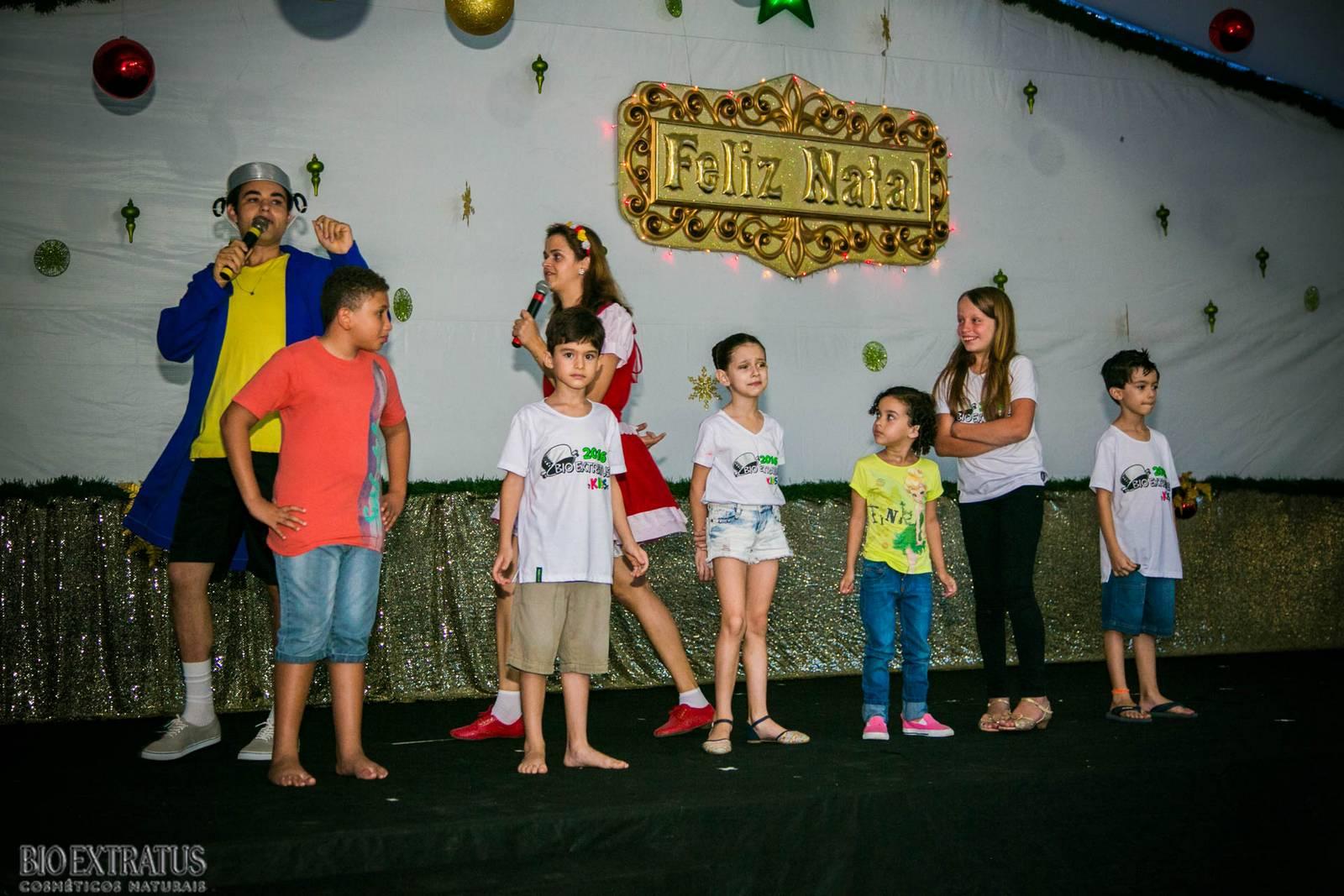 Confraternização de Natal Bio Extratus 2015 para as crianças (196)