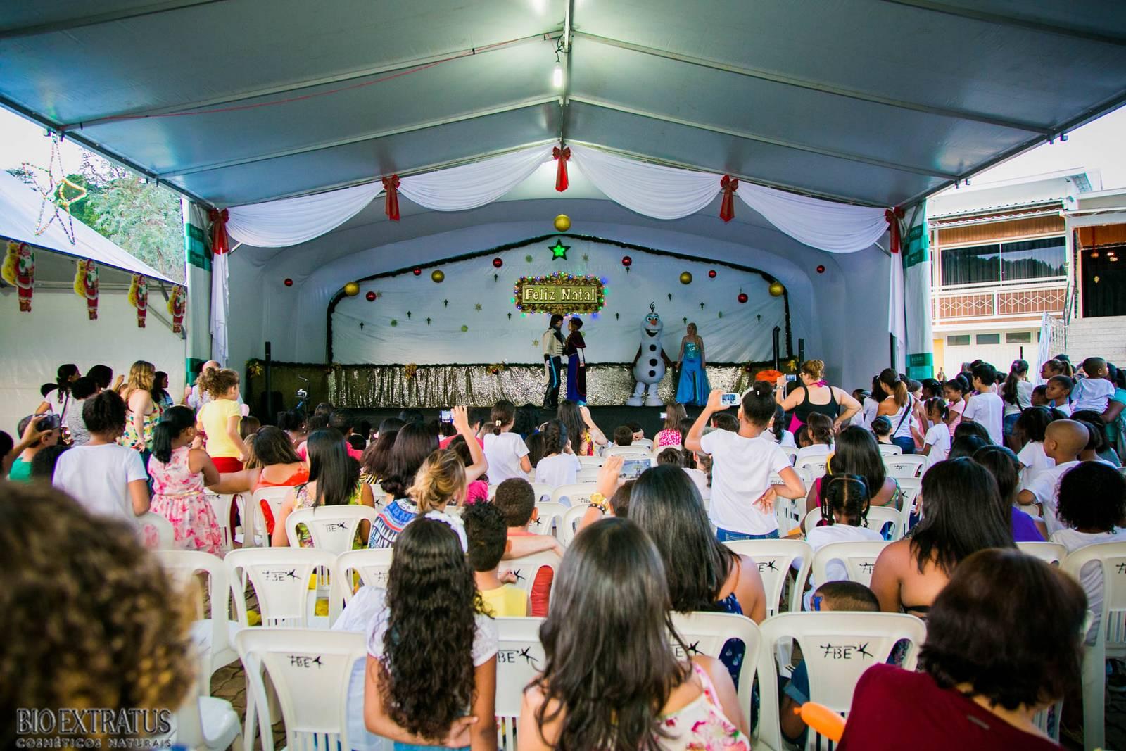 Confraternização de Natal Bio Extratus 2015 para as crianças (204)