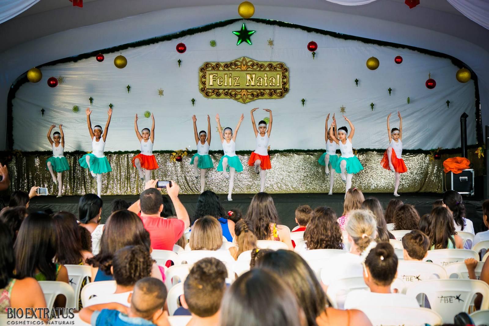 Confraternização de Natal Bio Extratus 2015 para as crianças (211)
