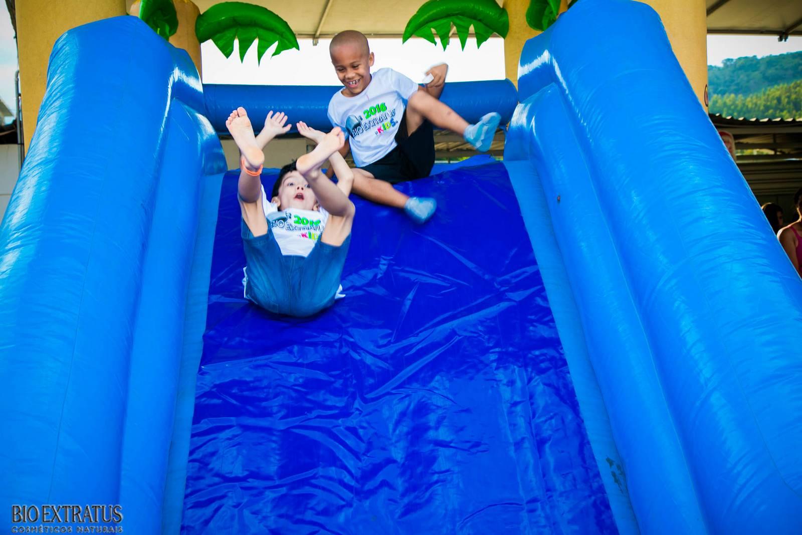 Confraternização de Natal Bio Extratus 2015 para as crianças (216)