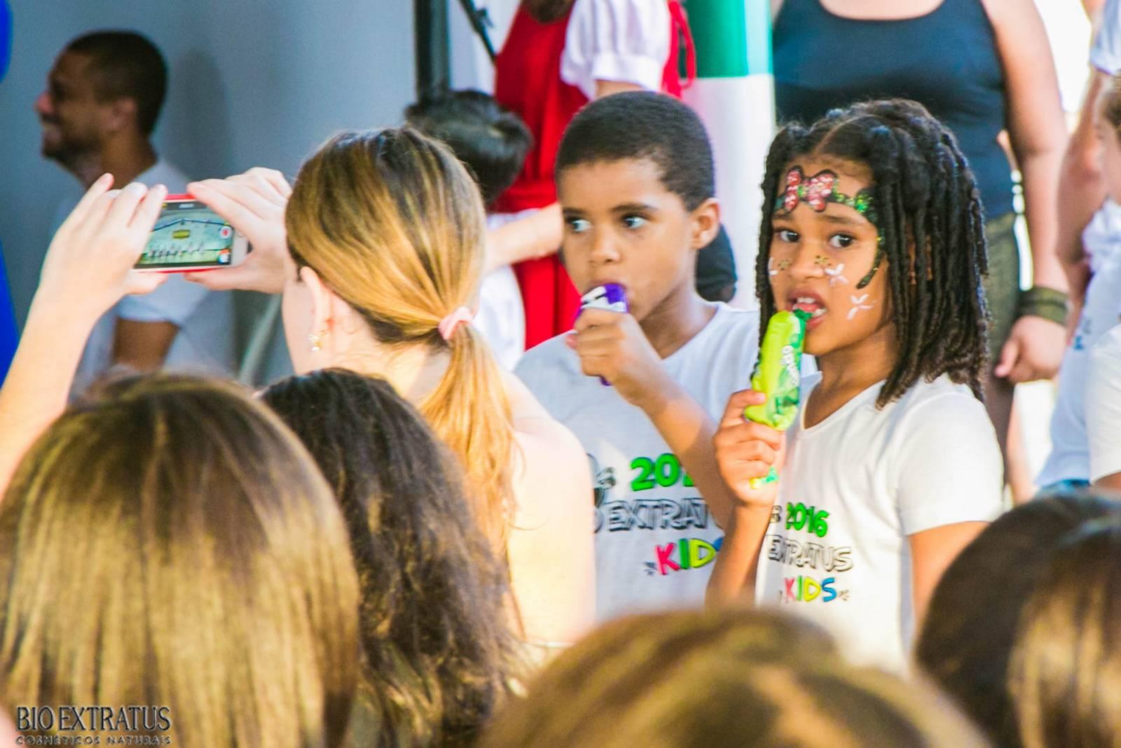 Confraternização de Natal Bio Extratus 2015 para as crianças (317)
