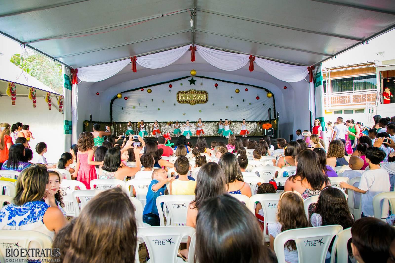 Confraternização de Natal Bio Extratus 2015 para as crianças (320)