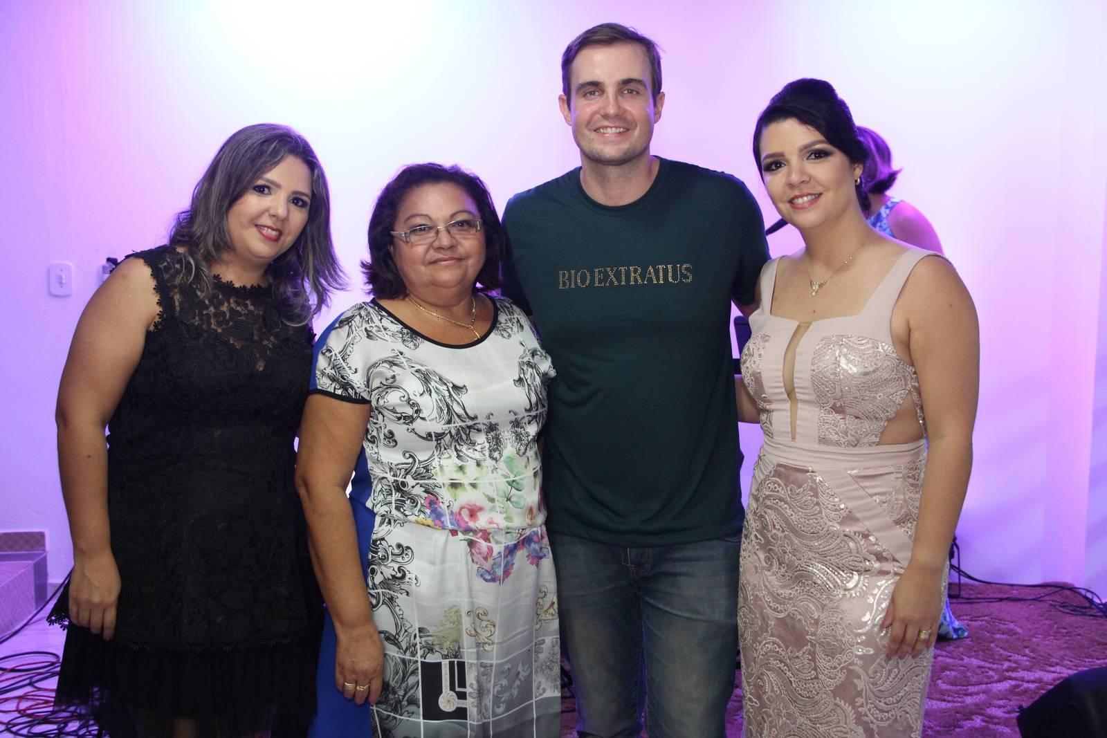 Inauguração da Distribuidora Karla Cosméticos - Bio Extratus (256)