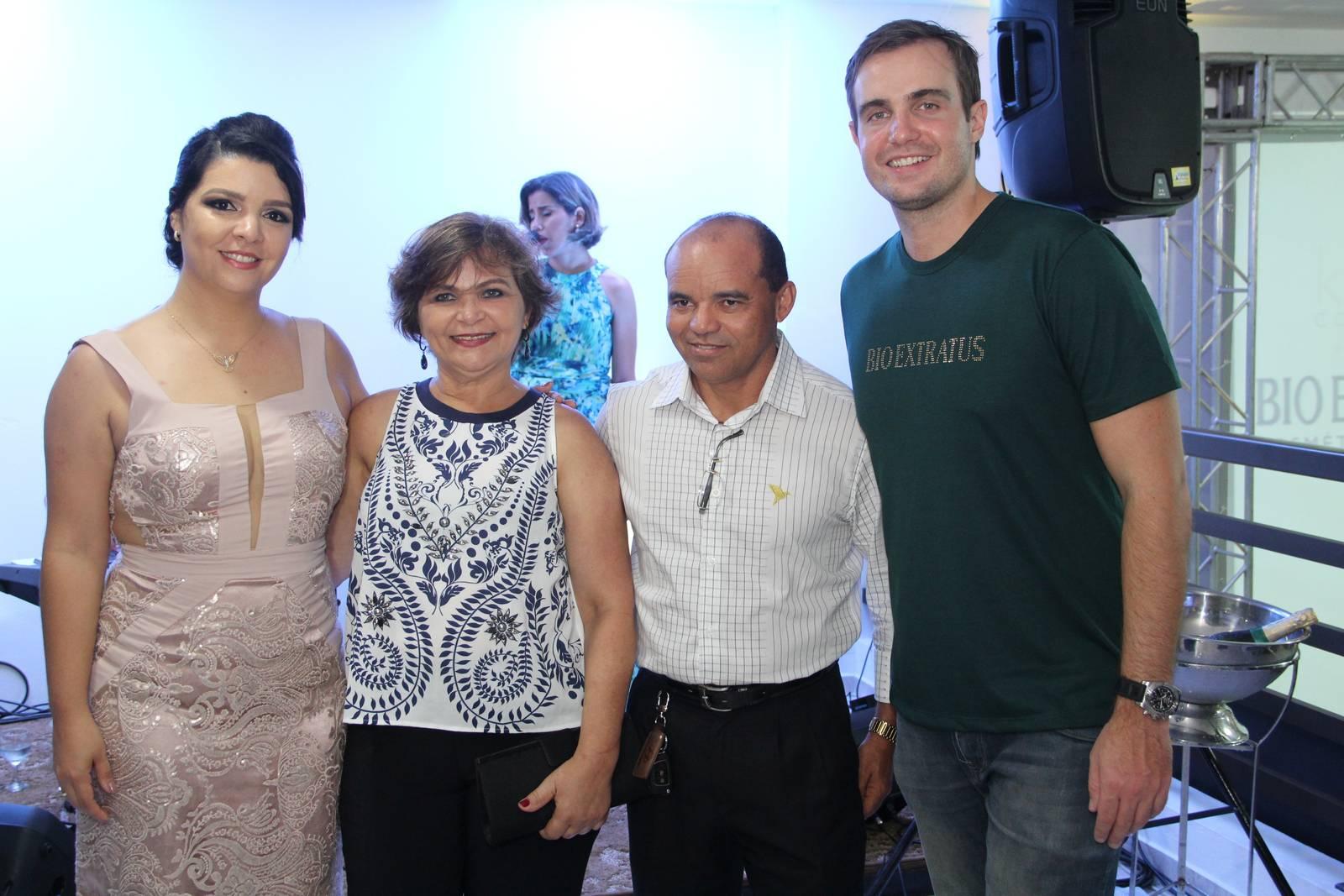 Inauguração da Distribuidora Karla Cosméticos - Bio Extratus (260)