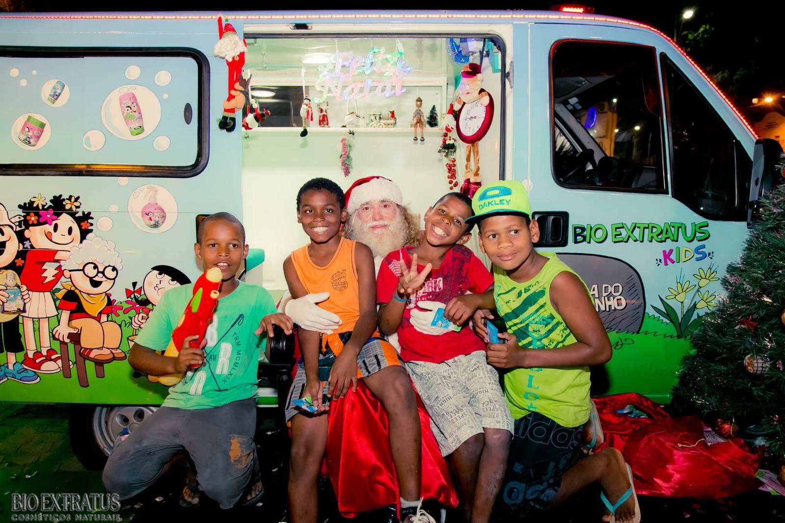 Papai Noel na Praça São Sebastião - 2015 - Alvinópolis (126)