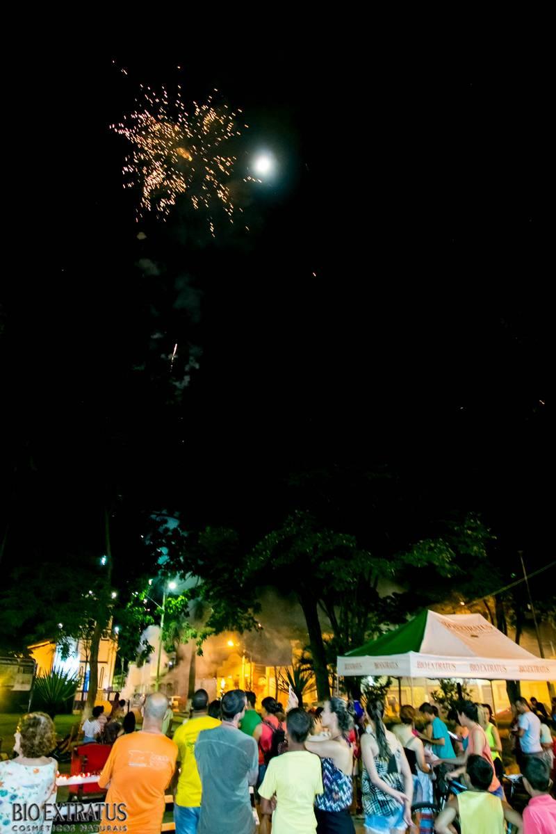 Papai Noel na Praça São Sebastião - 2015 - Alvinópolis (16)
