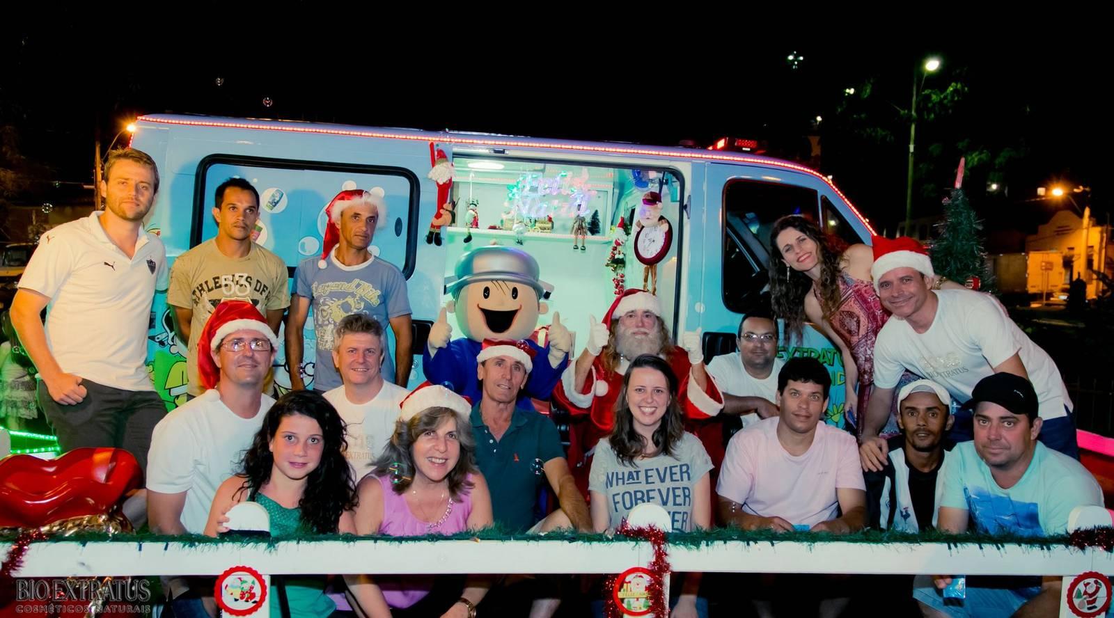 Papai Noel na Praça São Sebastião - 2015 - Alvinópolis (226)